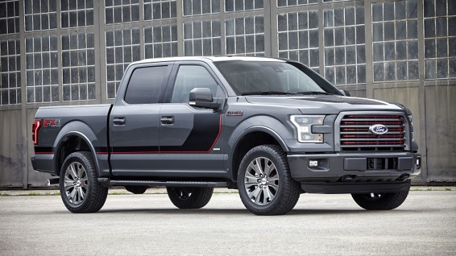 2018 Ford F-150 - side