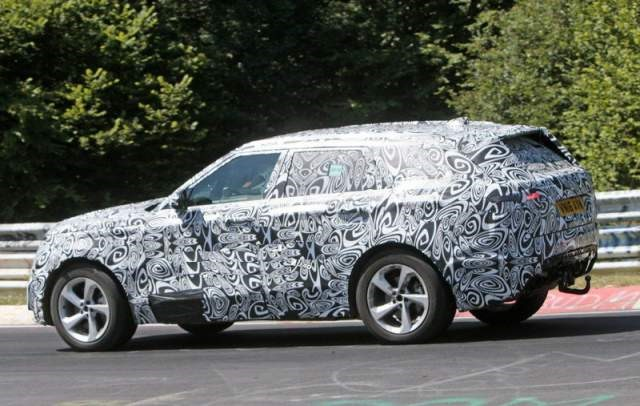 2018 Land Rover Range Rover Sport Coupe side