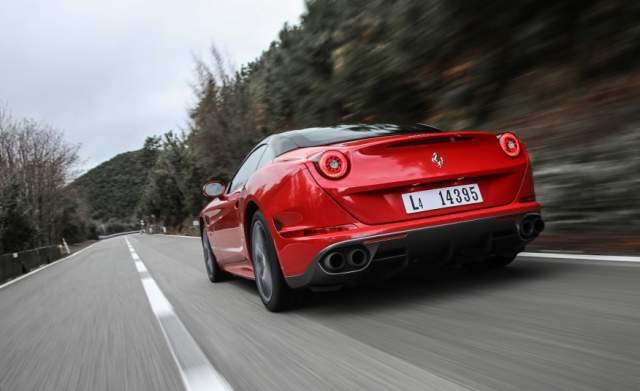 2019 Ferrari California rear