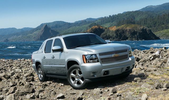 2018 Chevrolet Avalanche - front