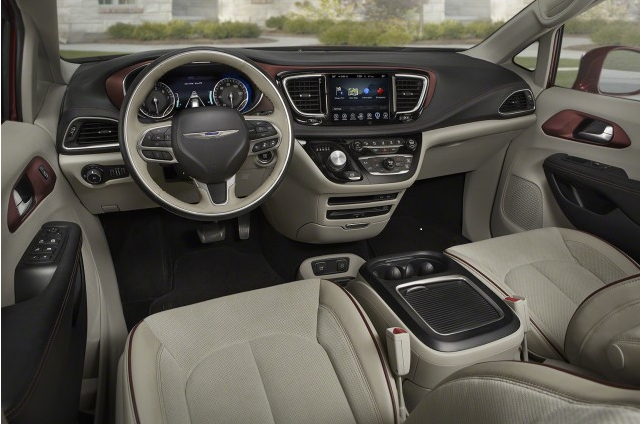 2018 Chrysler Pacifica - interior