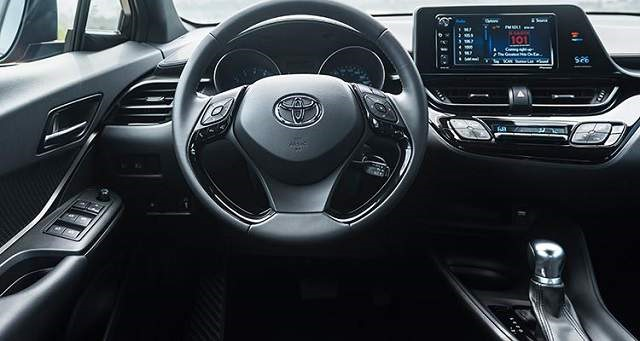 2018 Toyota C-HR - interior