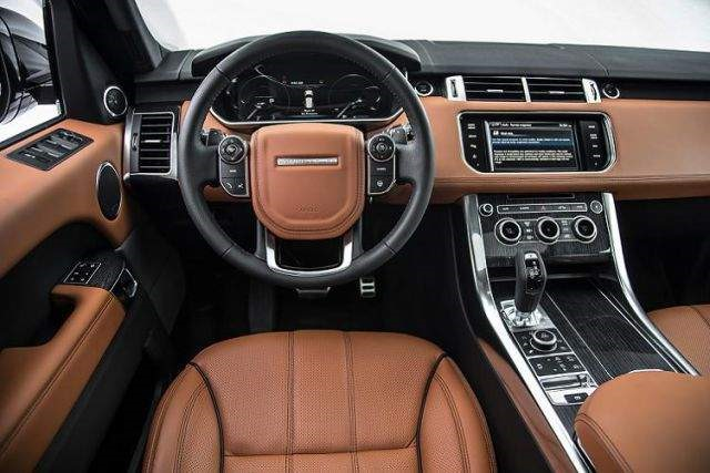 2019 Land Rover Defender - interior