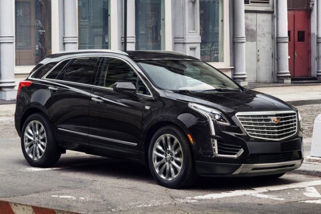 Cadillac XT5 Review, Price